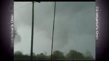 WEB EXTRA: News On 6 Stormchaser Captures Storm Near Preston