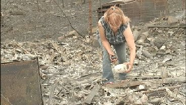 WEB EXTRA: Cleveland Resident Try's To Salvage What She Can