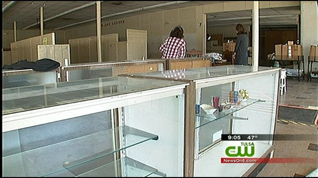 Neighbors Sleep At Tulsa Shop To Catch Vandals