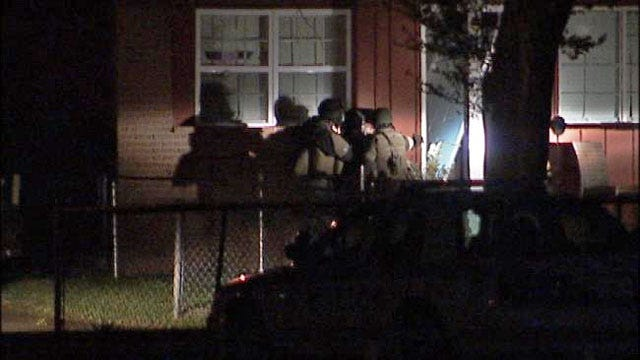 WEB EXTRA: Video Of Tulsa Police Officers Entering The House