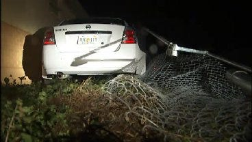 WEB EXTRA: Sapulpa Police Make DUI Arrest After Driver Crashes Through Fence