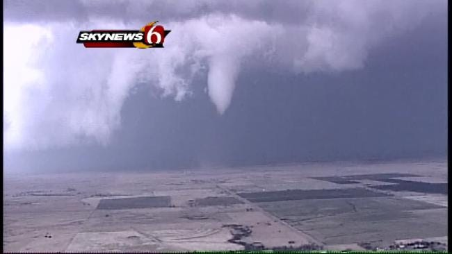 SkyNews6: Follows A Tornado As It Touches Down In Osage County East Of Newkirk