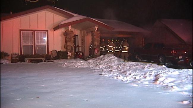 Tulsa Family Awakes To Garage Fire