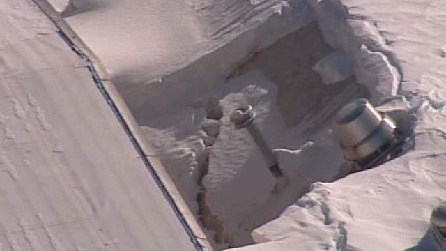 SkyNews 6 Flies Over Collapsed Roof At Quapaw Middle School