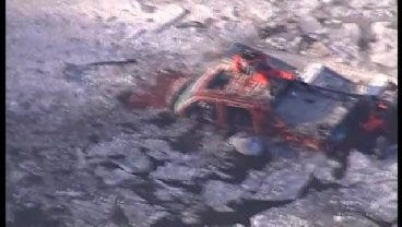 SkyNews 6: SUV Goes Off Will Rogers Turnpike Into River NE Of Miami - Part 2
