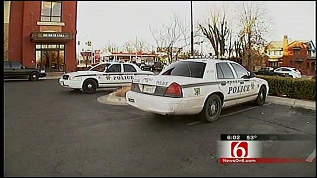Arvest Bank Robber Apologizes, Robs Tulsa Teller