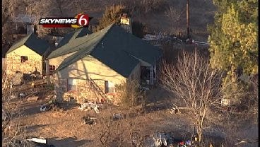 WEB EXTRA: SkyNews 6 Flies Over The Standoff Scene On North Lewis