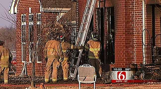 Tulsa Firefighter Loses Home To Wind-Fueld Fire