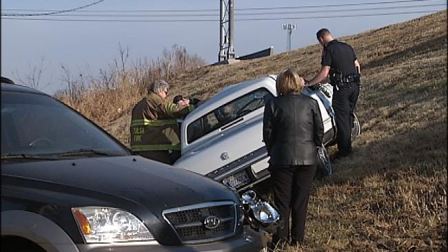 Icy Roads Cause Wrecks On Highway 169 At 91st Street South