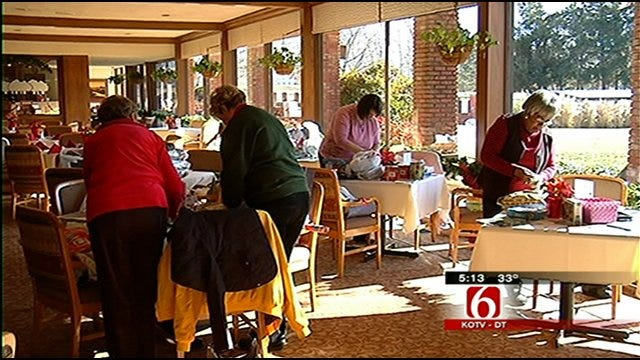 Santa To A Senior Program Helps Tulsa Seniors In Need