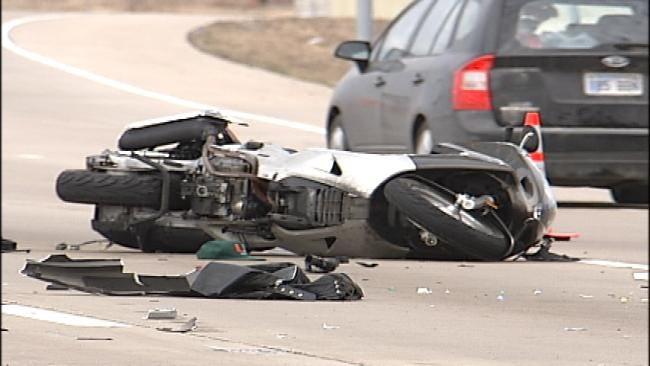 Feds Pushing Mandatory Helmet Law For Oklahoma Motorcyclists