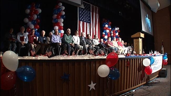 Metro Christian Students Thank 'America's Heroes' On Veterans Day