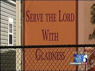 Tulsa Couple Wins Fight Over Religious Mobile Home Signage