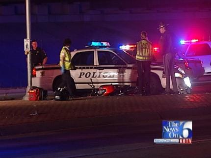 Tulsa Police Car Hits Motorcycle, Injuring Two