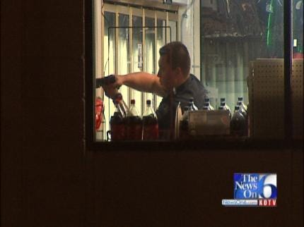 WEB EXTRA: Tulsa Shell Gas Station Burglarized