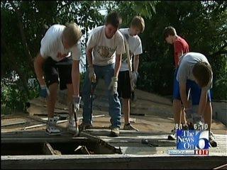 Students Help Renovate Tulsa Homes