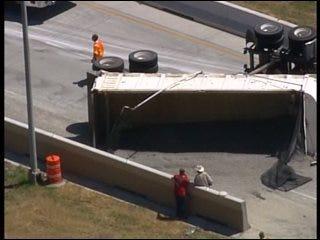 SKYNEWS 6: Downtown Tulsa Highway Crash Closes Exit Ramp