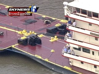 WEB EXTRA: View Of M/V Mississippi From SKYNEWS 6