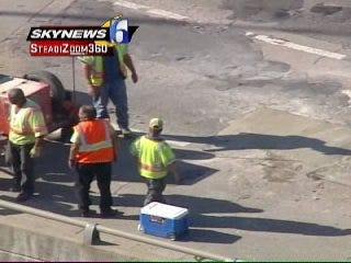 WEB EXTRA: SkyNews 6 Flies Over The Hole On The Broken Arrow Expressway