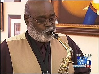 Tulsa Saxophonist Earl Clark Dies