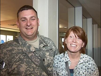 Warner Solider Home From Iraq