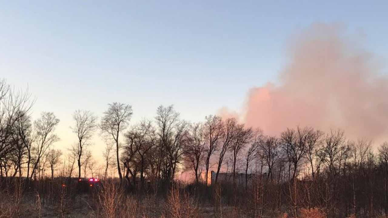 TFD Responds To Mechanic Shop Fire Near 11th & 193rd East Avenue