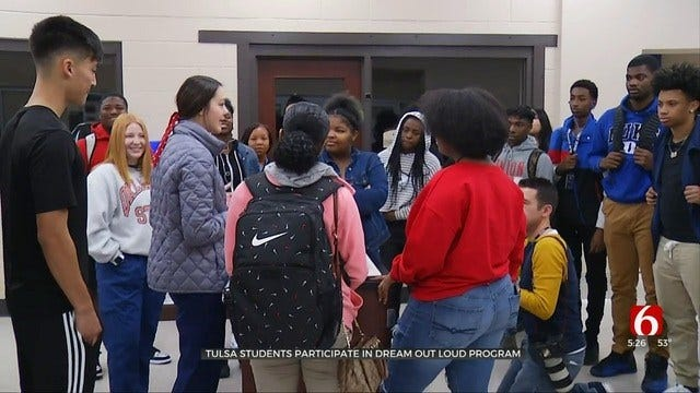 Community Leaders Help Tulsa Students 'Dream Out Loud'