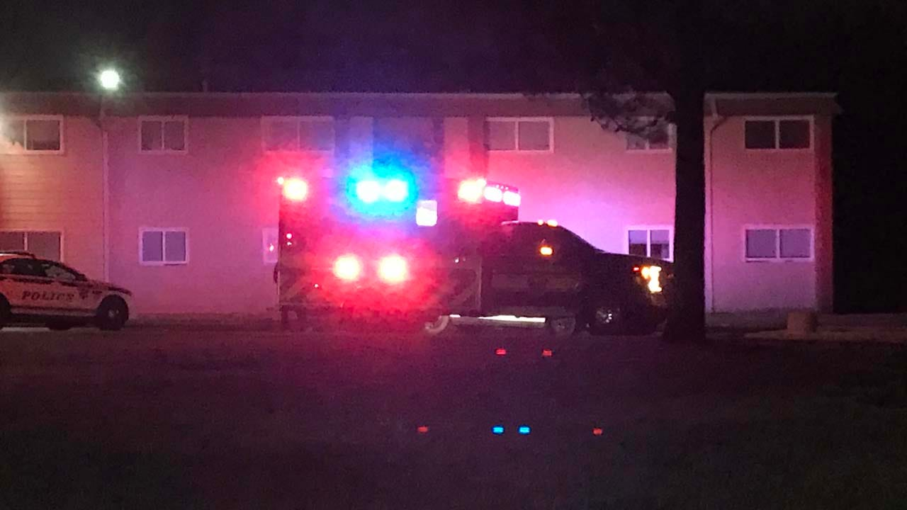 Police Search For Suspect After Man Shot At Tulsa Apartment Complex