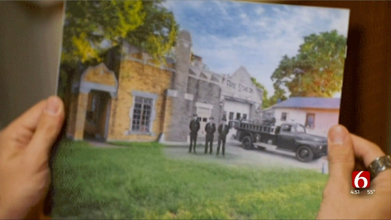 News On 6 Production Crew Member Creates Lenticulars Of Tulsa's Past