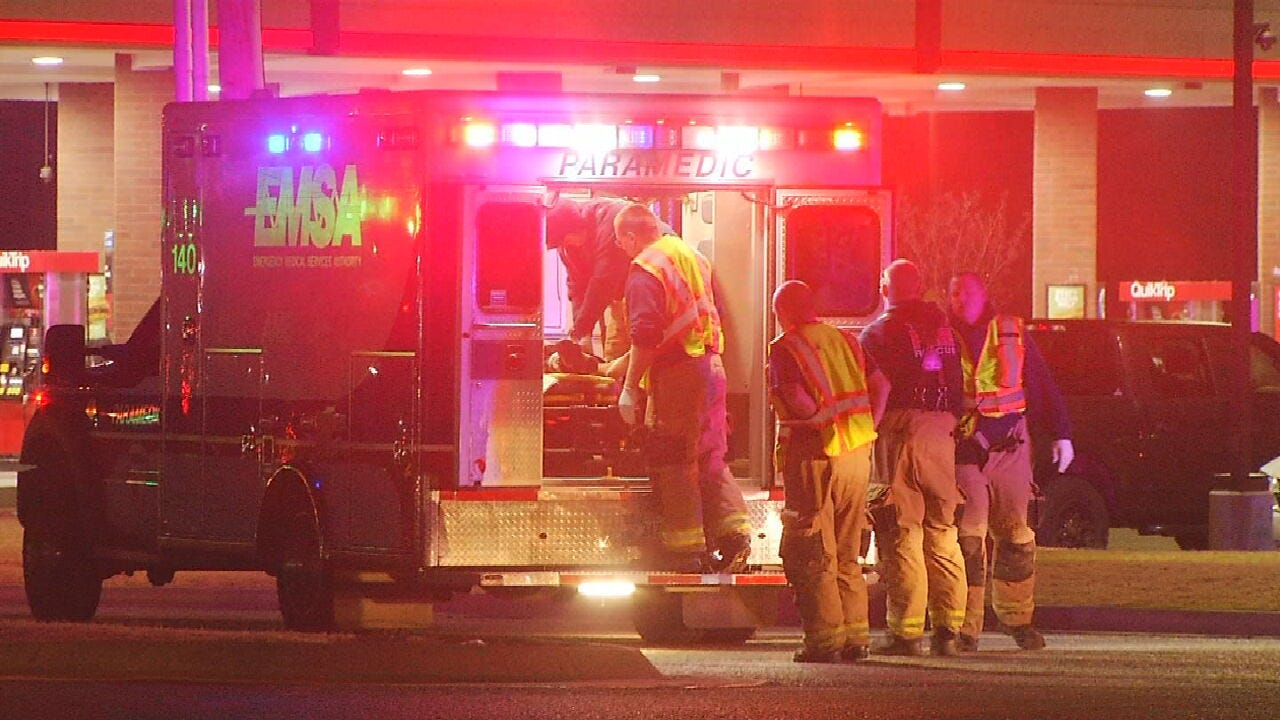 Tulsa Man Hospitalized After Being Struck By A Car