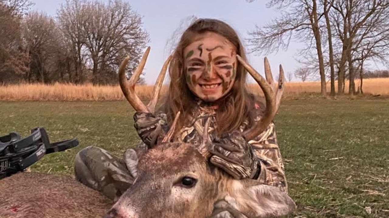Oklahoma Girl With Brittle Bone Disease Bags 1st Buck