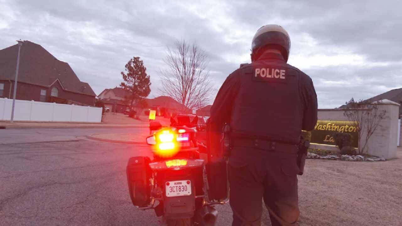 Broken Arrow Police Crack Down On Drivers Ignoring School Buses