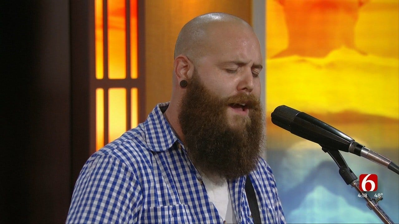 Tyler Parry Performs Original Song 'That Kiss'