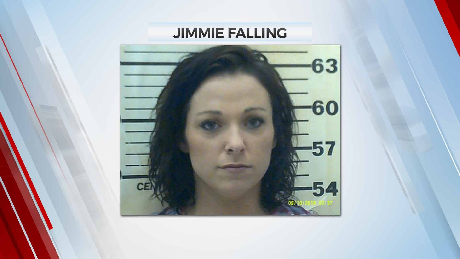 Mayes County Deputies Arrest Woman After Pursuit
