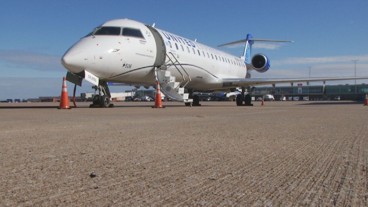 United Airlines Rolls Out New Airplane To Serve Tulsa
