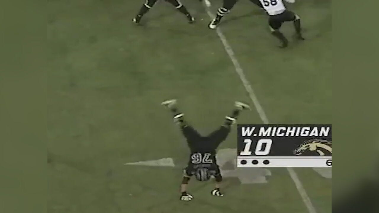 Former Jenks Player Performs Cartwheel During Ohio/Western Michigan Game