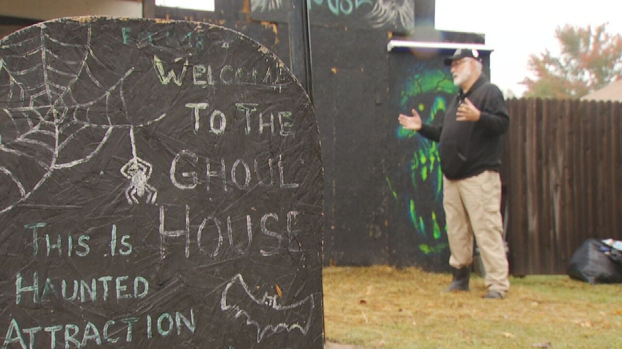Catoosa Man Goes All Out For Halloween Haunted House