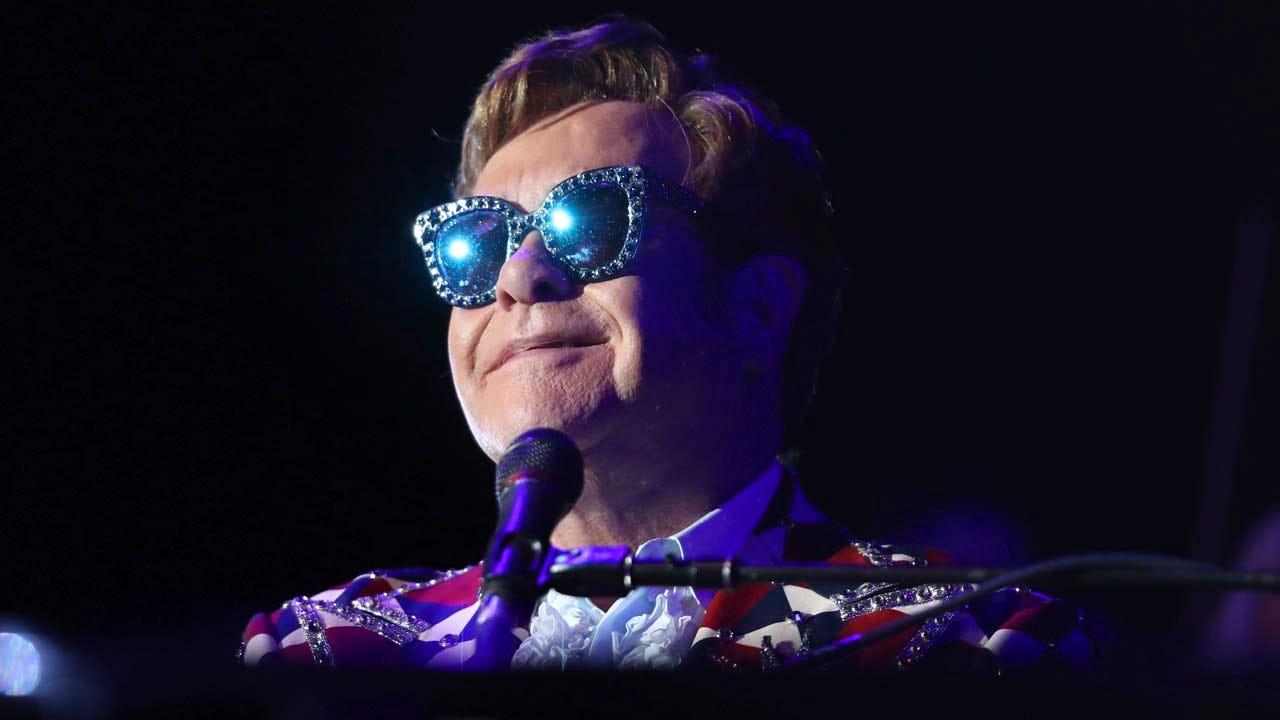 Elton John To Perform At OKC's Chesapeake Energy Arena