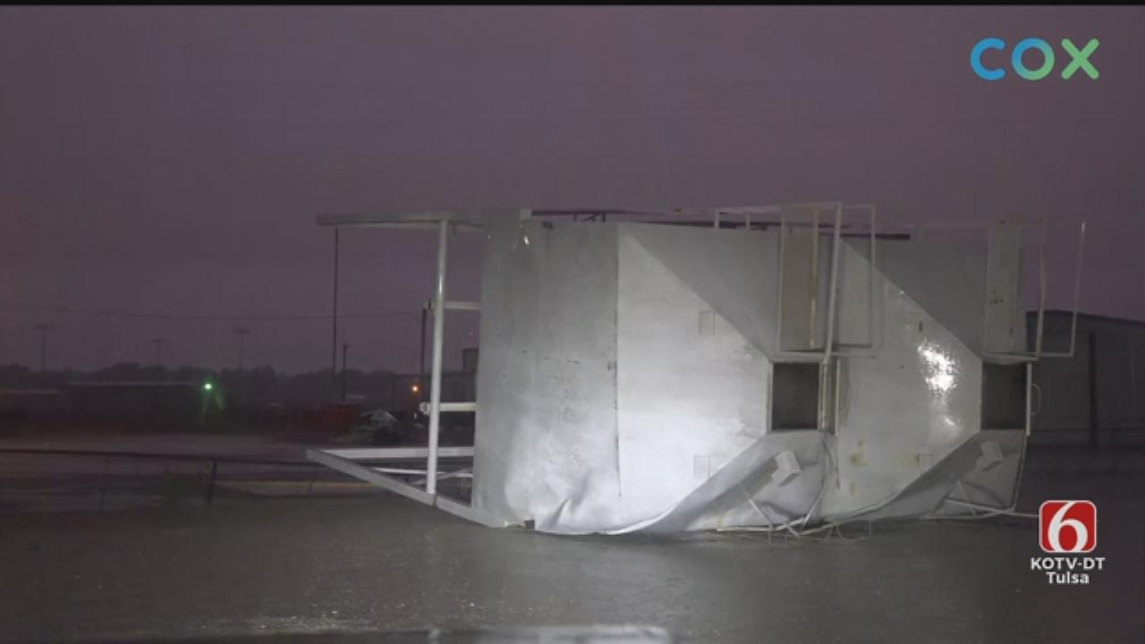 Severe Storms Near Wetumka Cause Wind Damage