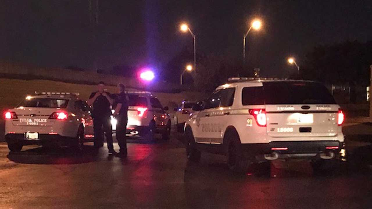 1 In Custody After Tulsa Man Robbed In Parking Lot