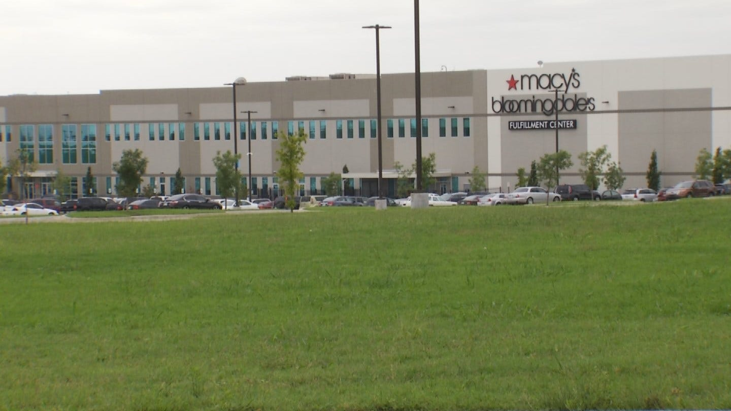 Fire Forces Evacuation At Macy's Distribution Center