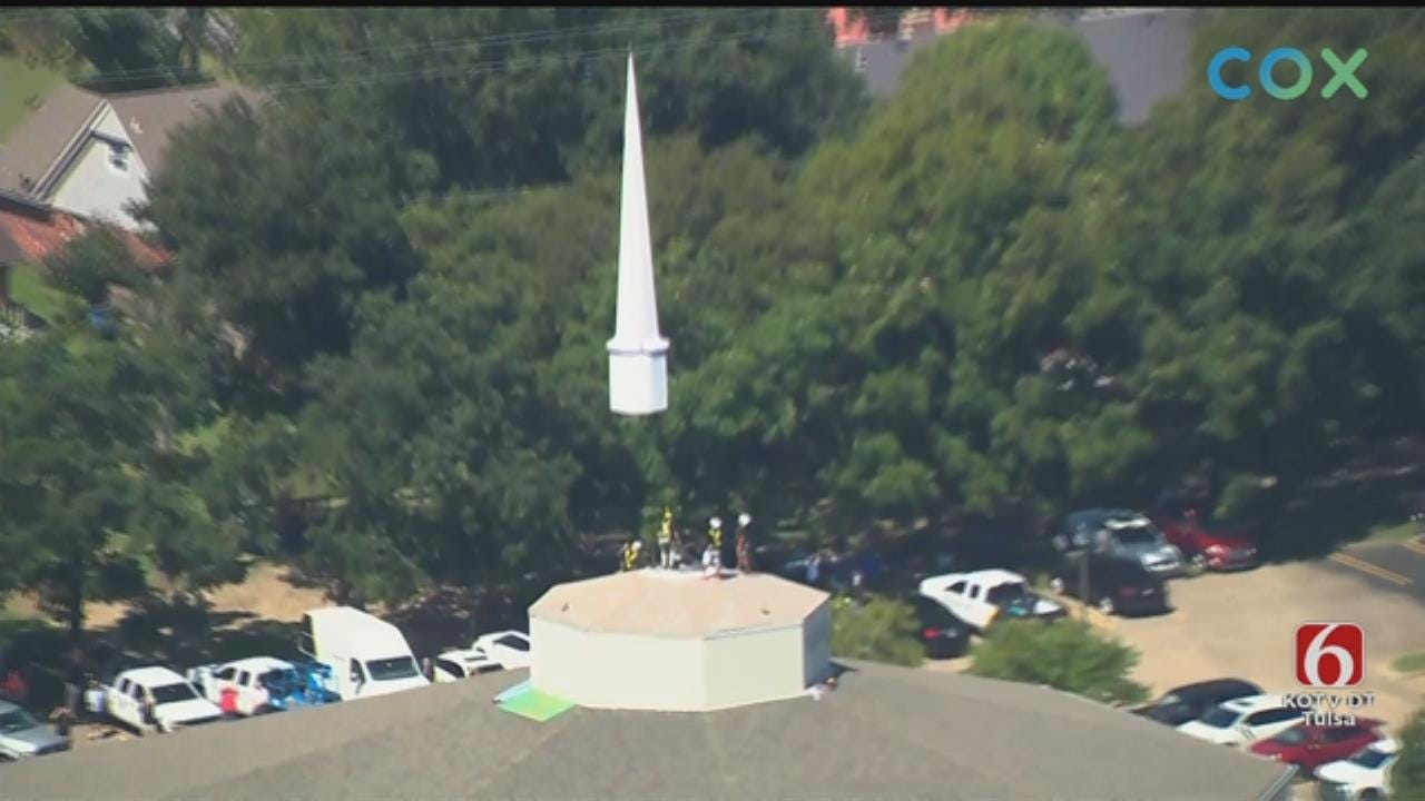 WATCH: Helicopter Lifts Tulsa Church Steeple Into Place