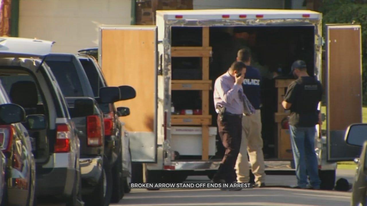 U.S. Marshals & Broken Arrow Police End Standoff Peacefully