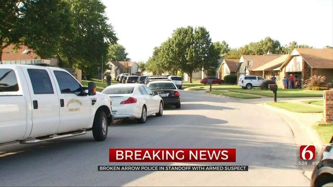 Broken Arrow Police In Standoff Near 71st & Garnett