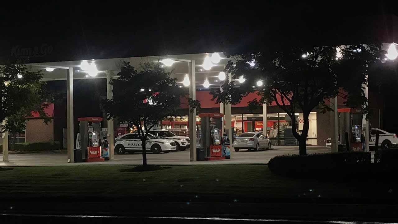 Update: Tulsa Police Respond To Armed Robbery At Kum & Go
