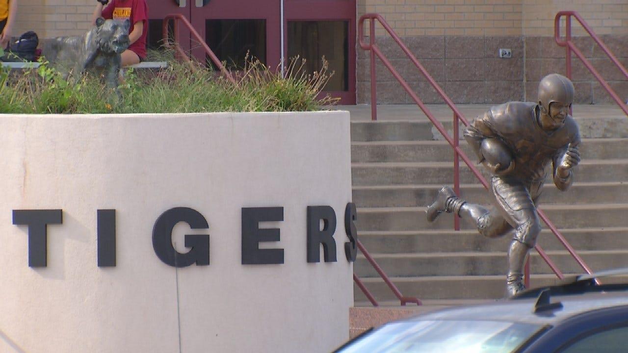 Cleveland Police Arrest Teen For Threatening School