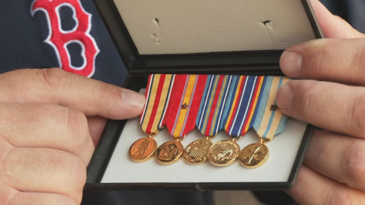 Bixby Marine Veteran Reunited With Lost Military Items
