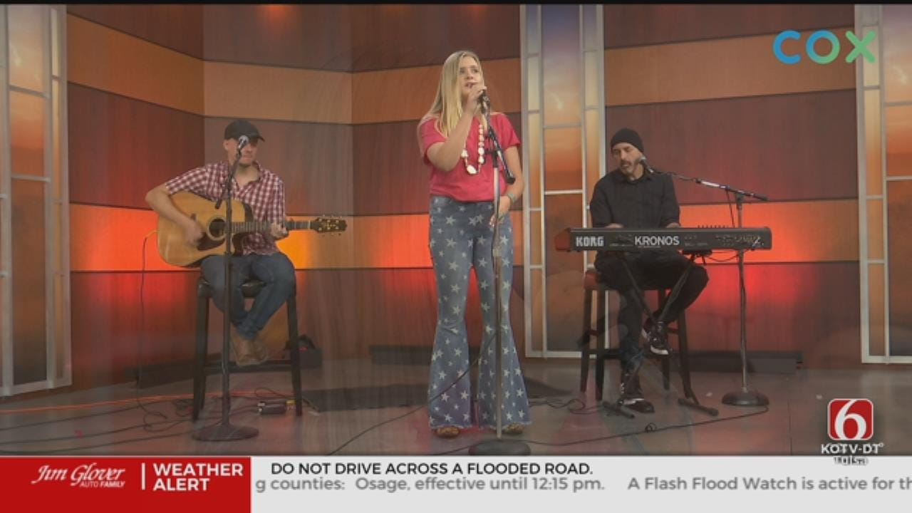 Tulsa Country Singer Mikayla Lane Stops By The News On 6 Studio