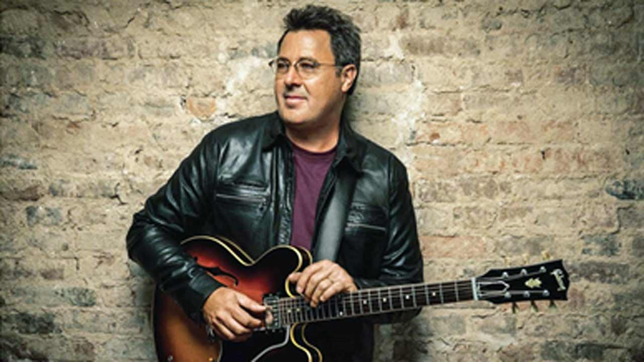Grammy Winner Vince Gill Embraces Roots With New Album 'Okie'