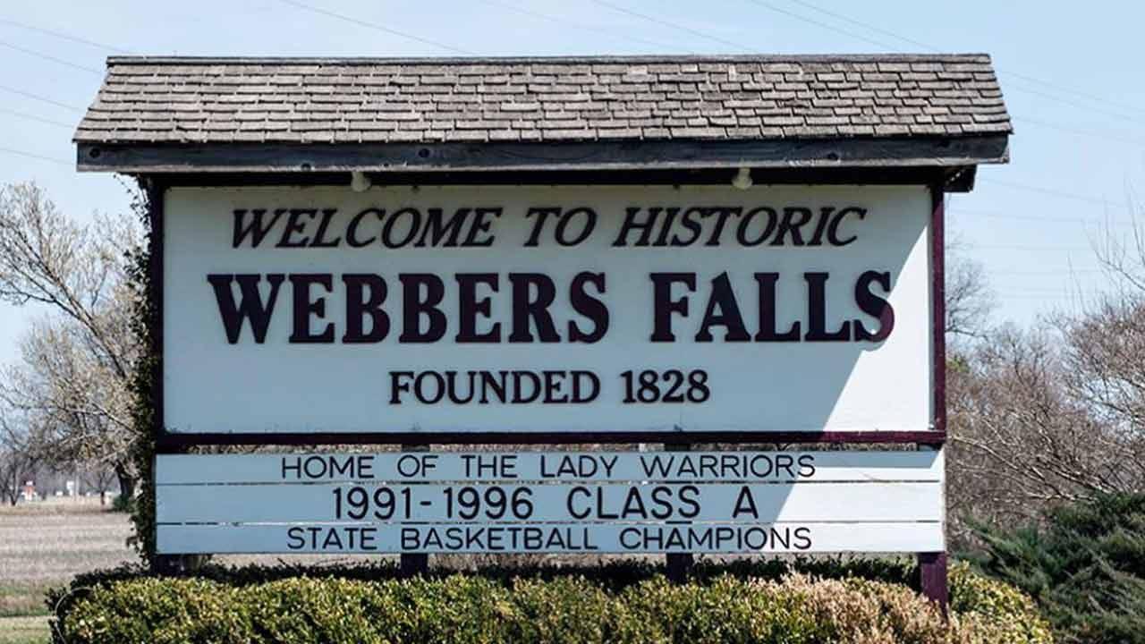 Tulsa Public Schools Donate To Webbers Falls Schools